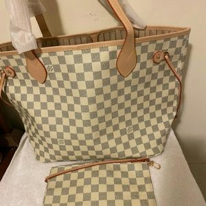 Neverfull Louis Vuitton Size MM